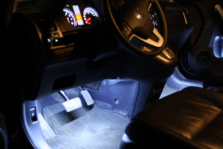 Подсветка ног в авто как сделать